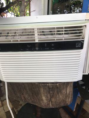 Kenmore 8000 BTU Wall/window AC for Sale in Oakland Park, FL