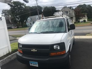 2010 Chevy express 2500 flex fuel for Sale in Stratford, CT