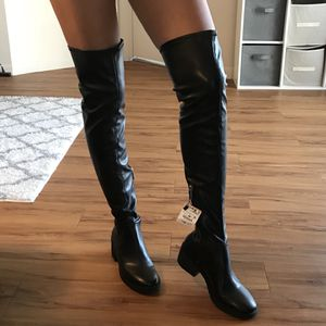 ZARA Over - the - knee boots black 7.5 / 38 for Sale in Hollywood, FL