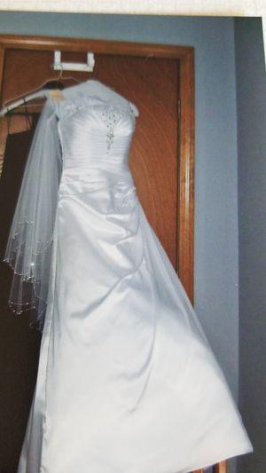 Wedding dress for Sale in Wolcott, CT