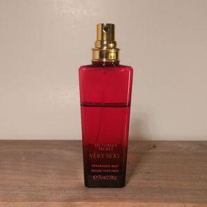 Victoria's Secret Very Sexy Fragrance Mist 2.5 Oz 3/4 Full for Sale in Seattle, WA