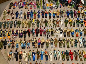 Collector seeking vintage old GI Joe toys dolls and action figures accessories 1964 to 1992 g.i. Joes for Sale in Phoenix, AZ