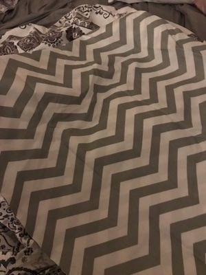 Full size sheet and 2 pillow cases for Sale in Sterling Heights, MI