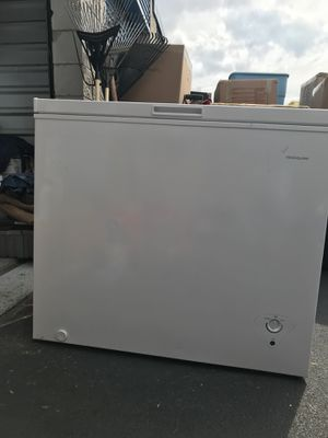 Frigidaire freezer for Sale in Silver Spring, MD