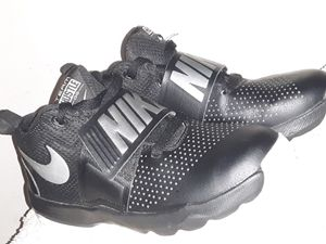 Nike team hustle D8 shoes for Sale in Cadillac, MI