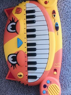 B Toys Interactive Cat Piano And Mike for Sale in Beaverton,  OR