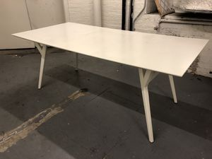 White Solid Wood Expandable Dining Table for Sale in Brooklyn, NY