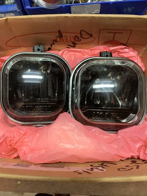 FORD SUPER DUTY RECON SMOKED LENS LED FOG LIGHTS for Sale in Pearland, TX