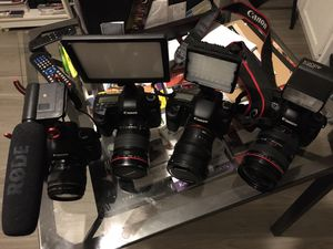 Canon cameras for Sale in Windsor Hills, CA