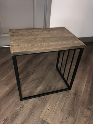 Bedside table for Sale in Anaheim, CA