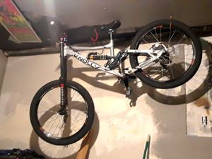 Knolly downhill bike for Sale in Greenwood Village, CO