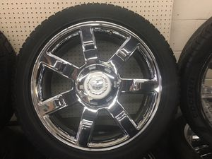 USED WHEELS 22 INCH AND TIRES (6x139.7) CADILLAC ESCALADE 2012 FOR SALE $799 for Sale in Joint Base Lewis-McChord, WA