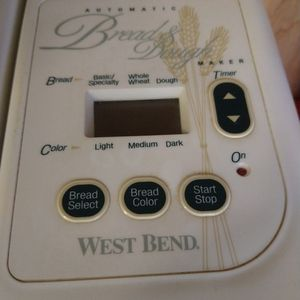 Westbend Bread Machine for Sale in Everett, WA