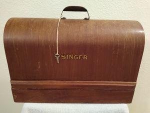 Vintage Singer Sewing Machine in Locking Wood Box with Key for Sale in Las Vegas, NV