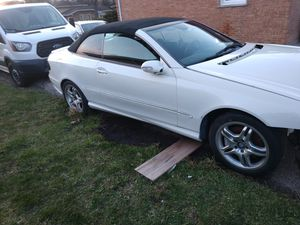 Clk 550 car for parts $800 for Sale in Oak Lawn, IL