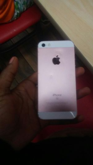 Iphone SE for Sale in Nashville, TN
