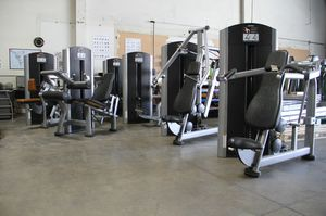 Used Gym Equipment - Life fitness signature series circuit for Sale in Bellflower, CA
