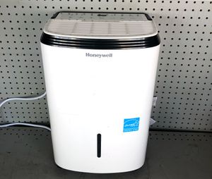 Dehumidifier 30 pt for Sale in Lynwood, CA
