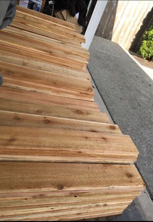 100 5 foot cedar fence boards for Sale in Puyallup, WA