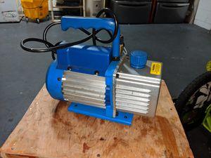 5 CFM Vacuum pump for Sale in Tampa, FL