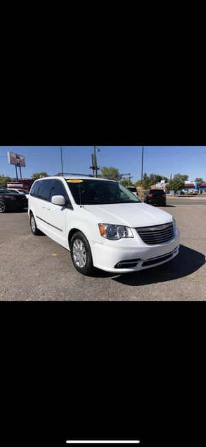 🔴🔴2016 Chrysler Town and Country🔴🔴 for Sale in Denver, CO