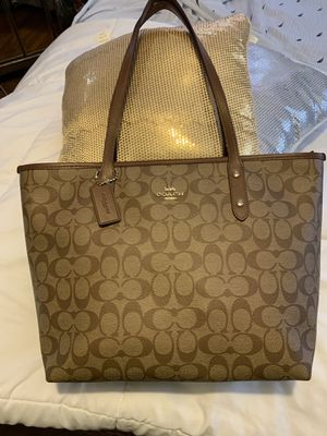 NWOT coach tote bag for Sale in Kissimmee, FL
