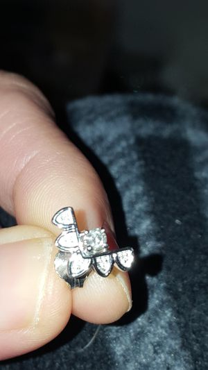 STERLING SILVER n diamond earrings for Sale in Hermitage, TN