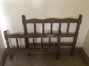 Kids twin bed frame for Sale in Brooklyn, NY