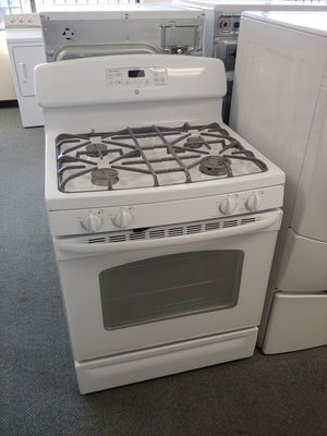 Ge Gas Stove 6 Month Warranty delivery & installation included for Sale in Denver, CO