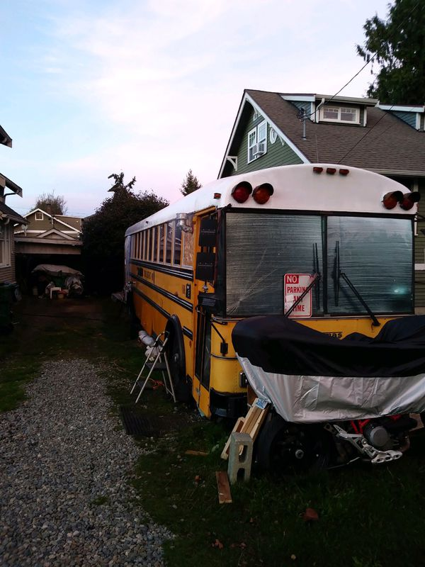 Tiny house bus for sale!!