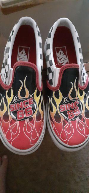 Vans slip on worn twice boys Size 1 for Sale in Lake Elsinore, CA