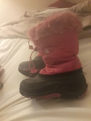Girls snow boots for Sale in Fallbrook, CA