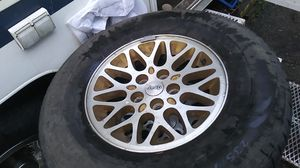 Jeep rims n tires 5 count for Sale in Federal Way, WA
