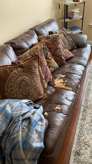Sofa and ottoman for Sale in Franklin, TN