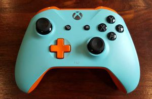 Xbox one custom controllers for Sale in Aspen Hill, MD