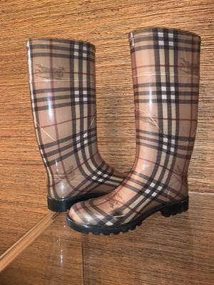 Burberry USED Rain Boots for Sale in Miami, FL