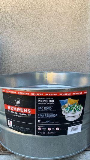 BEHRENS 17 Gallon Round Tub for Sale in Huntington Beach, CA