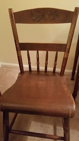 Antique Hitchcock chairs All original. Seat 16 and 1/4 high. Have 2. for Sale in Crownsville, MD
