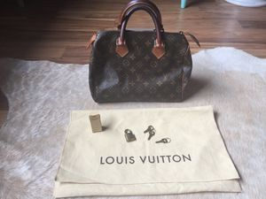 Louis Vuitton Speedy 25. (FIRM on price) for Sale in Purcellville, VA