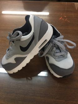 Toddler Nike Air Shoes 8C for Sale in Marysville, WA