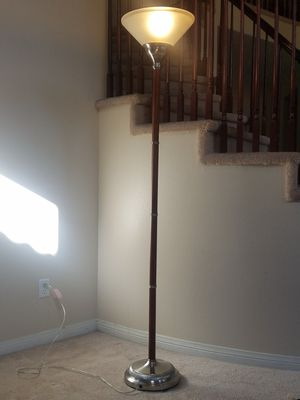 "FLOOR LAMP 70.5""H for Sale in Murrieta, CA"
