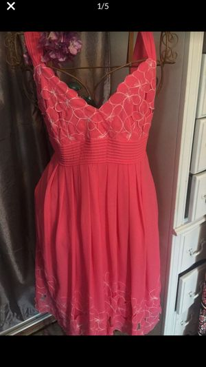 Designer new spring dress great for parties dates weddings soft cotton silky liner v neck large hem with white embroidery designs new sz med 10 for Sale in Northfield, OH