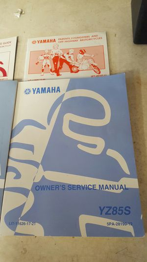 Yamaha YZ85 Owners Service Manual for Sale in Tempe, AZ