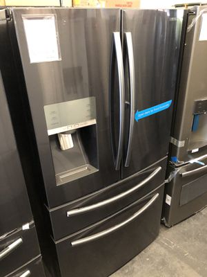 Samsung Black Stainless Steel 28 Cu. Ft. 4-Door French Door Food Showcase Refrigerator for Sale in Tampa, FL