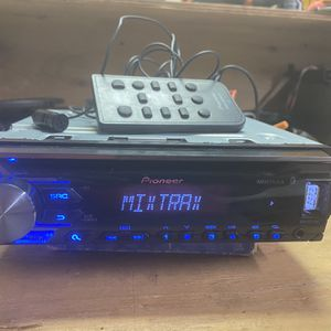BLUETOOTH PIONEER STEREO for Sale in Canby, OR