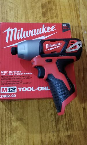 MILWAUKEE M12 IMPACT DRIVER for Sale in Kansas City, MO