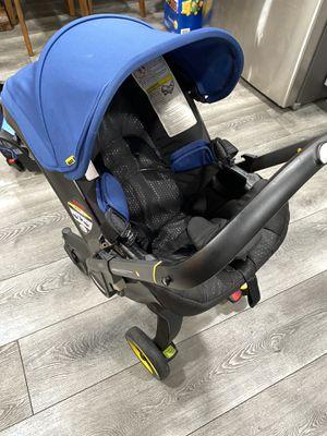 Doona Infant car seat/stroller for Sale in East Los Angeles, CA