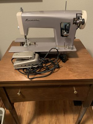 Vintage Kenmore sewing machine with stand for Sale in Richland, MI