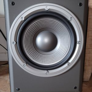 JBL E150P 10 Inch 250 Watt Powered Subwoofer Sounds Awesome!! for Sale in Goodyear, AZ