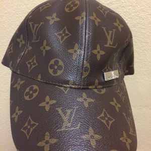 Louis Vuitton Hat for Sale in Irvine, CA